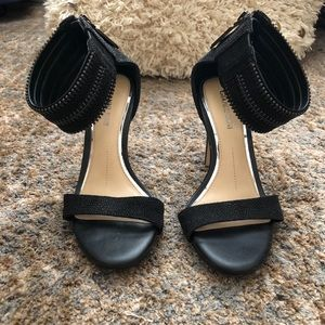Gianni Bini Black Heels